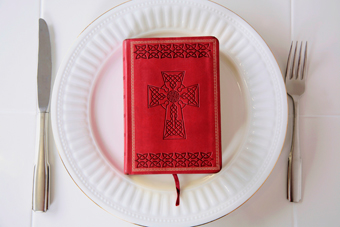plate-with-bible-on-it.jpg